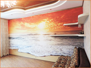 Красивые 3Д фотообои на стене с рисунком пляжа и моря с волнами